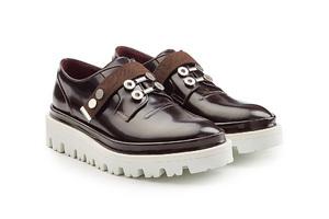 正式休闲两不误 一双牛津鞋带你穿梭于各式场合