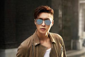 雷朋宣布张艺兴出任大中华区首位品牌代言人