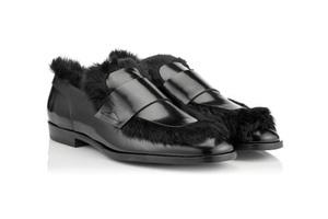 穿上一双兔毛鞋华丽地迎接新一年