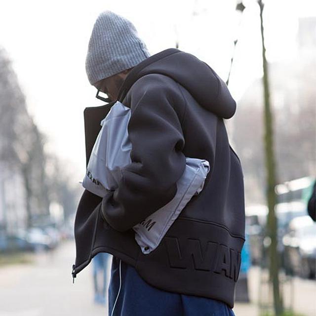 春季怎么少的了连帽卫衣