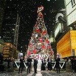 FENDI成都IFS圣诞树亮灯仪式及圣诞黑金主...