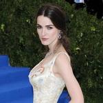"""全球瞩目的""""时尚界奥斯卡"""" 这些绝美裙子又一次迷倒众人"""