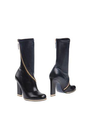 黑色 JIL SANDER 短靴