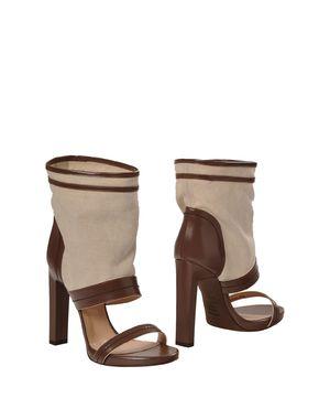 巧克力色 BALLY 短靴