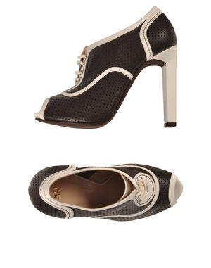 黑色 BALLY 踝靴