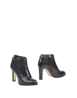 黑色 SALVATORE FERRAGAMO 短靴