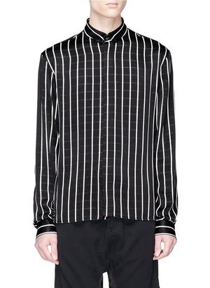 暗开襟条纹衬衫