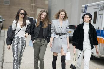 今年最时髦的不是风衣 而是这些小外套!