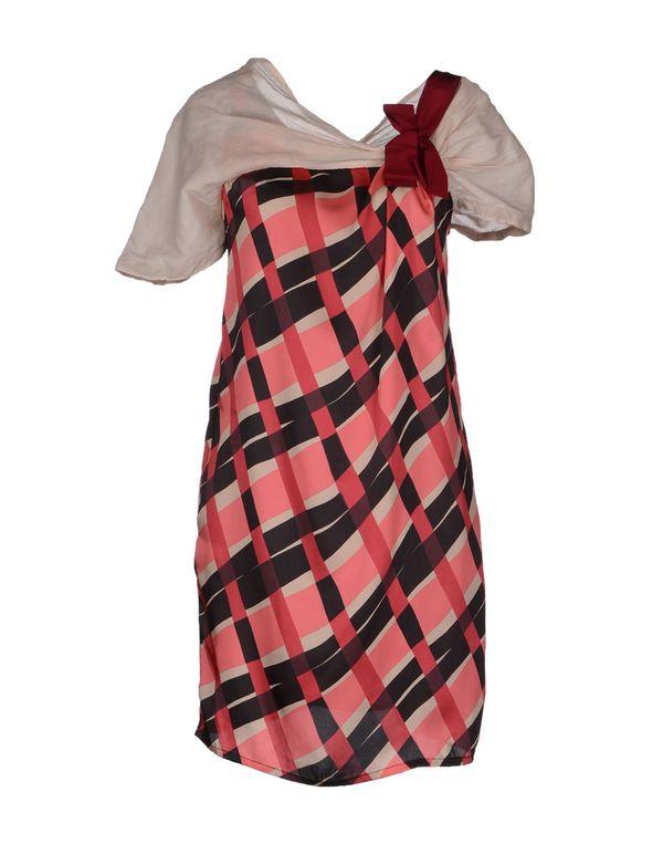 粉红色 JUCCA 短款连衣裙
