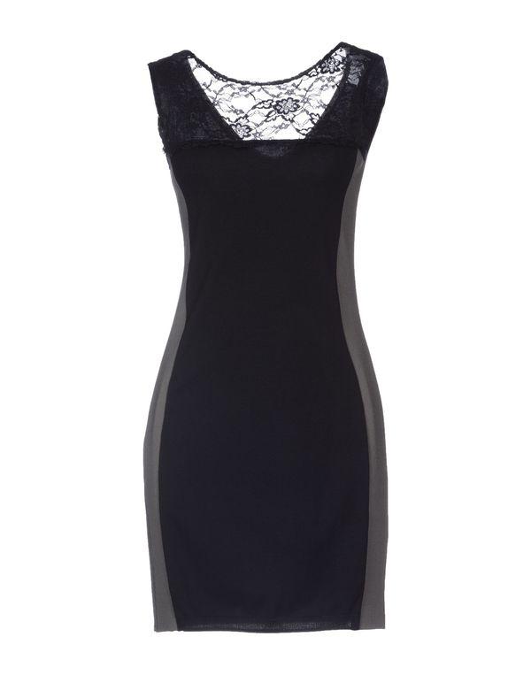 黑色 KAOS 短款连衣裙