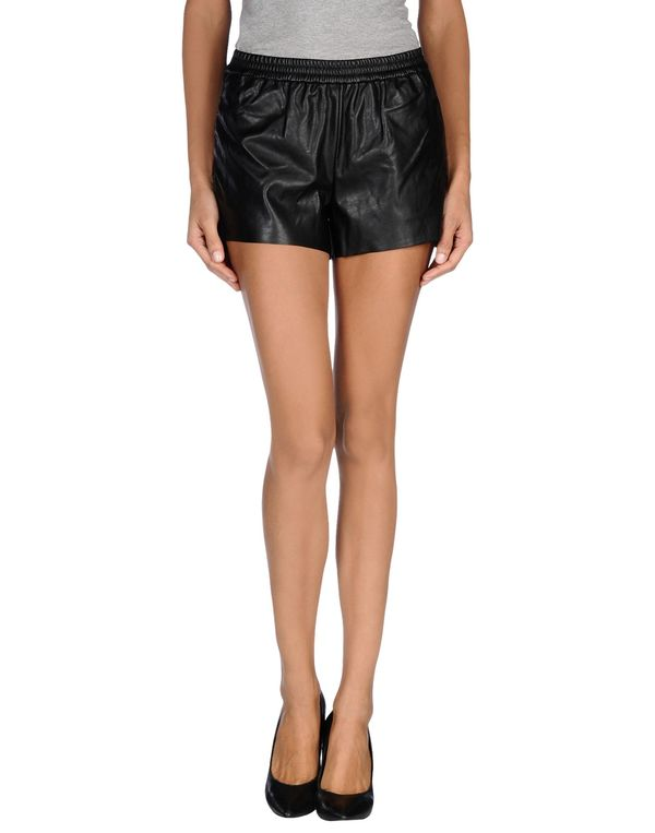 黑色 ONLY 短裤