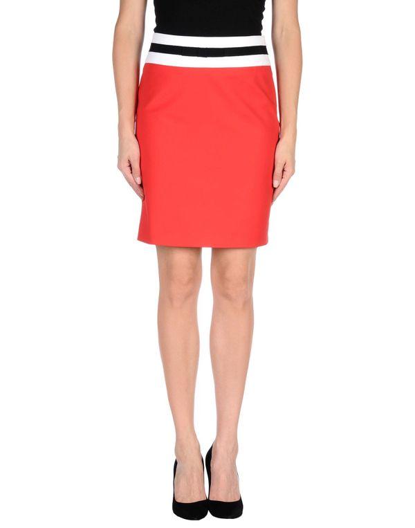 红色 LOVE MOSCHINO 及膝半裙