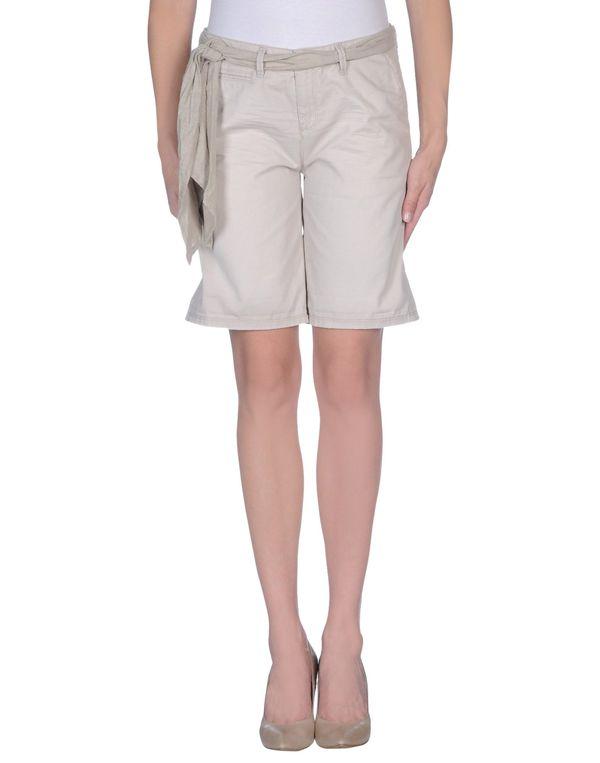 淡灰色 WOOLRICH 百慕达短裤