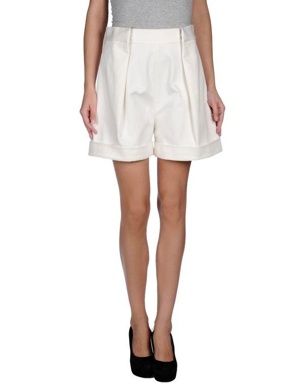 白色 ACNE STUDIOS 百慕大牛仔短裤