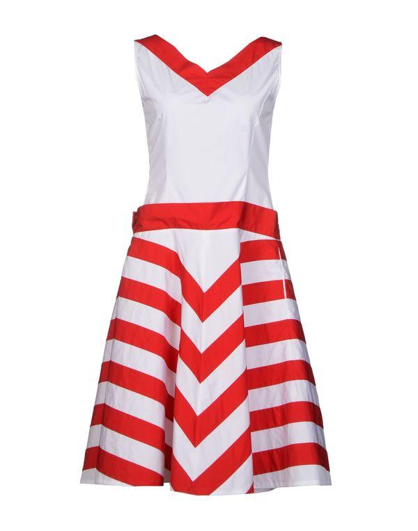 白色 MOSCHINO 及膝连衣裙
