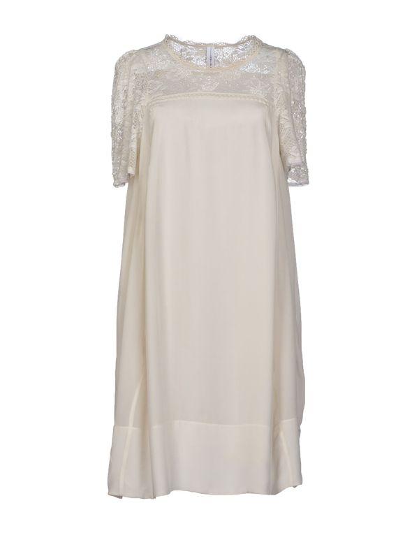 白色 HIGH 短款连衣裙