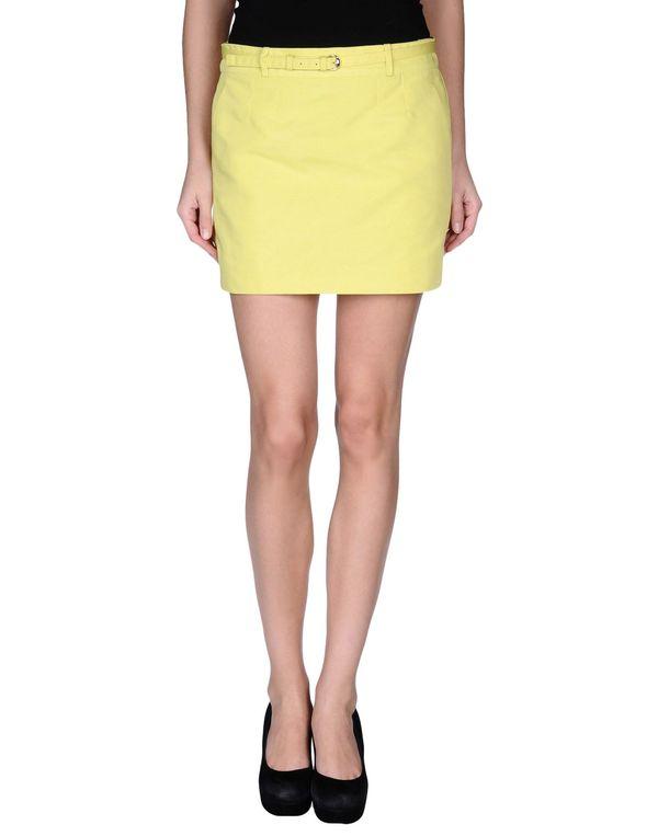 黄色 GUCCI 超短裙