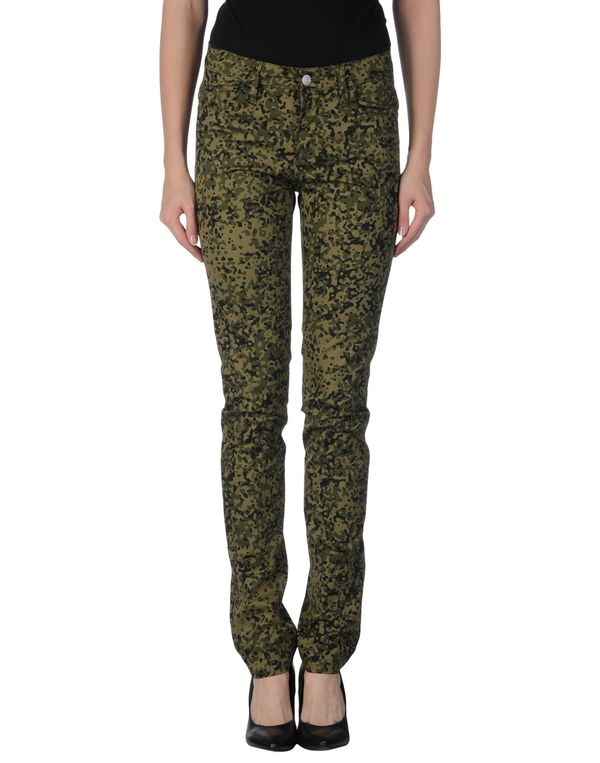 军绿色 CARHARTT 裤装