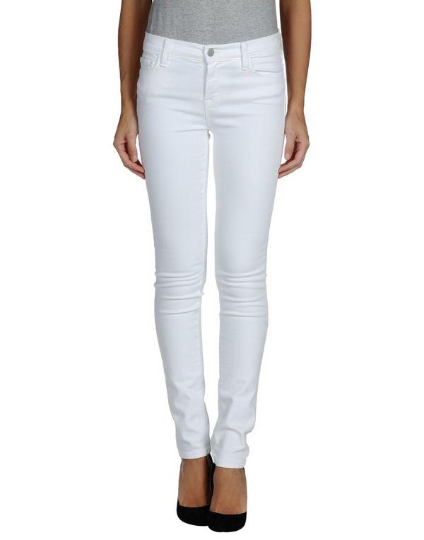 白色 J BRAND 牛仔裤