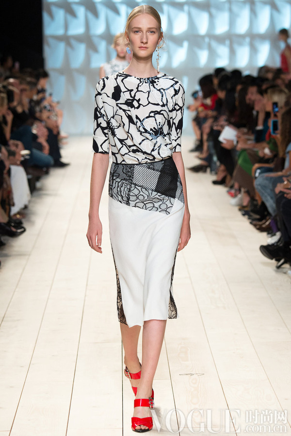 Nina Ricci2015春夏时装秀