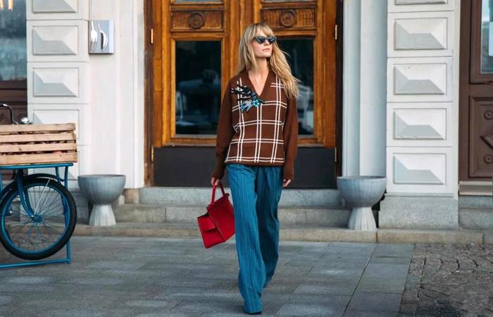 能穿一整个秋冬的针织衫 这么搭最时髦