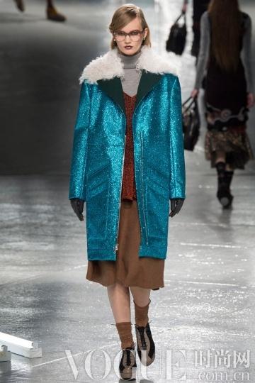 2014秋冬款型趋势:剪羊毛外套