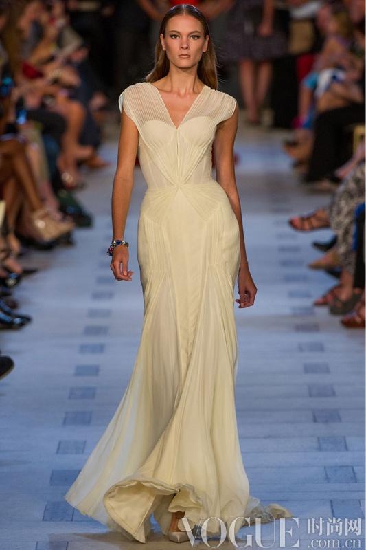 Zac Posen 推出婚纱系列