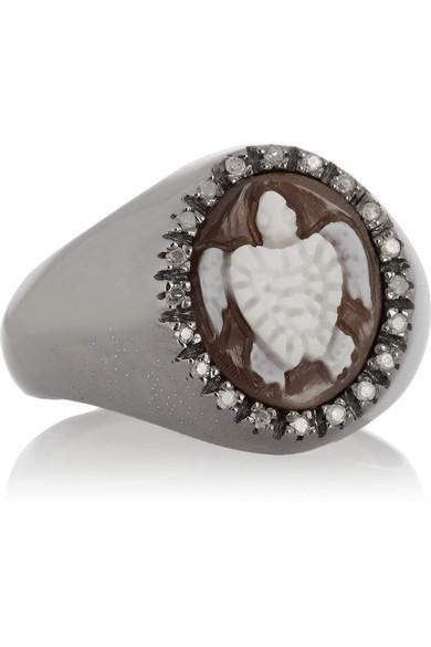 帝王唐冠螺壳、钻石、海龟浮雕镀铑戒指