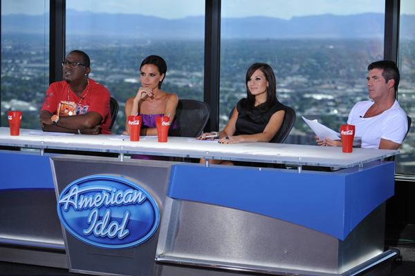 转折十九:Victoria Beckham跨界合作成为《American Idol》的评委