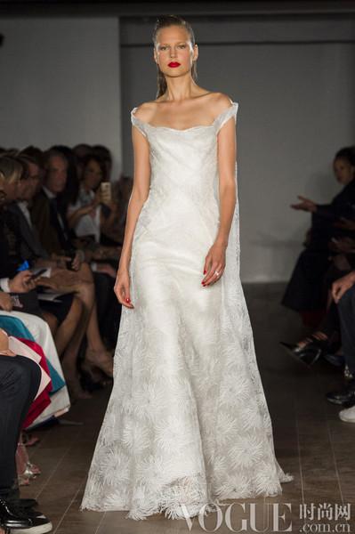 传统婚纱靠边站  20款高级成衣作嫁衣
