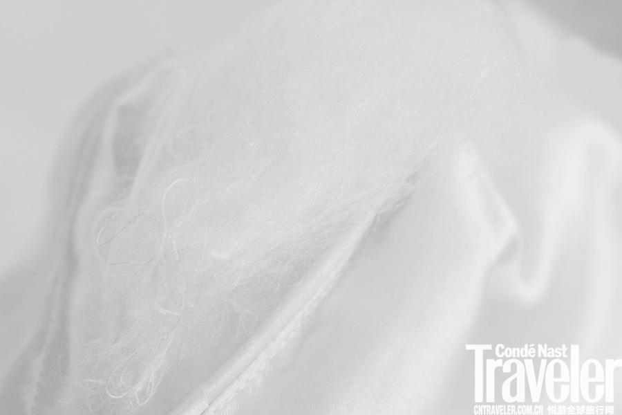 一条低调的蚕丝被,却风靡了比弗利山庄名媛圈