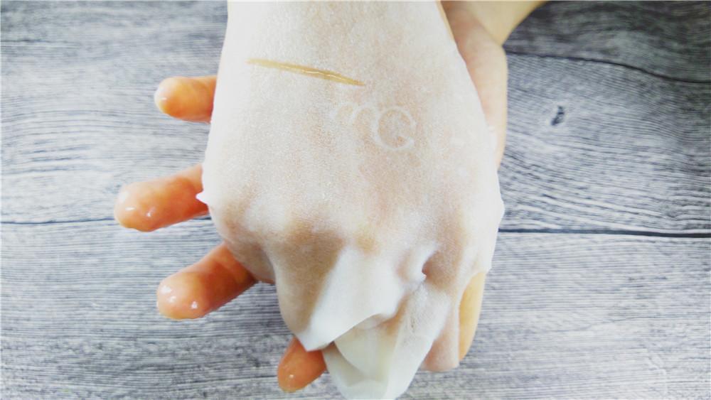 【小琦喵】秋季敏感肌肤的滋润修复护理——蚕丝面膜?普通面膜?