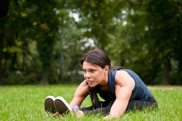吃完饭多久可以开始运动?