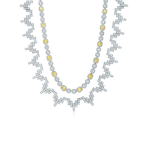 蒂芙尼victoria系列从严寒气候里汲取灵感,以非对称的方式镶嵌混合形