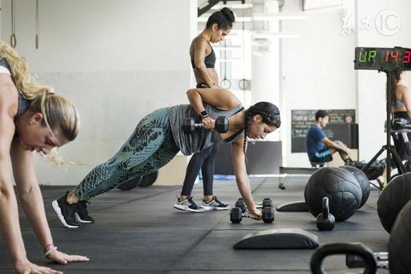 最流行的健身_3项措施在两个月内将体脂率从30 降到20 ,你准备好吃苦了