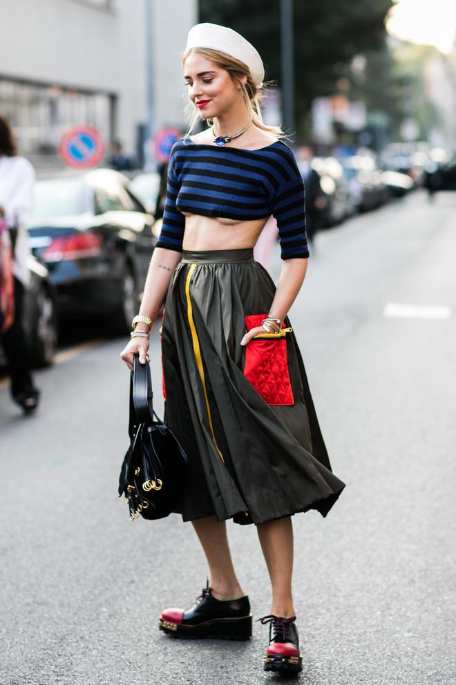 人手一条的百褶裙 这样穿时髦又显瘦