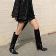 拥有超显瘦的黑色长靴,不用PS也让腿又长又直!