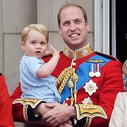 凯特王妃产后身材依旧 乔治王子四处抢镜