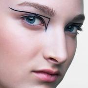 花1分钟来了解下这10个最基础的化妆TIPS吧