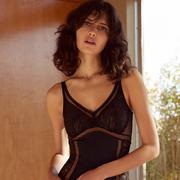 OYSHO推出全新情人节内衣系列