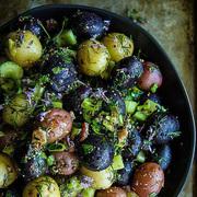 9招让你在减肥期也可以吃顿200卡路里以下的马铃薯餐