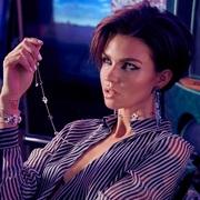 施华洛世奇与一众时尚达人携手展现千变万化的璀璨魅力