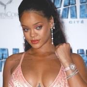 蕾哈娜(Rihanna)佩戴Chopard萧邦珠宝及腕表出席《星际特工:千星之城》巴黎首映礼