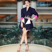 """宁静以AQUAZZURA高跟鞋点缀西装造型个性亮相""""第21届上海电影节闭幕式?"""""""