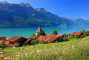 瑞士布里恩茨湖 布里恩茨湖是瑞士伯爾尼州阿爾卑斯山北麓的一個湖泊,得名于布里恩茨鎮,是一座美麗的山...