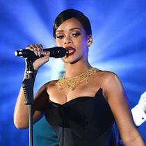 为什么Kim和Rihanna比大牌更大牌?