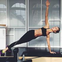 超模Karlie Kloss都这样 我们凭什么想坐着就能减肥?
