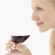 喝红酒不会让牙齿染色的小窍门一定要学
