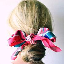 5个方法夏天快速梳起头发
