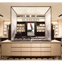 BURBERRY 全球首家独立美妆精品店上海开幕